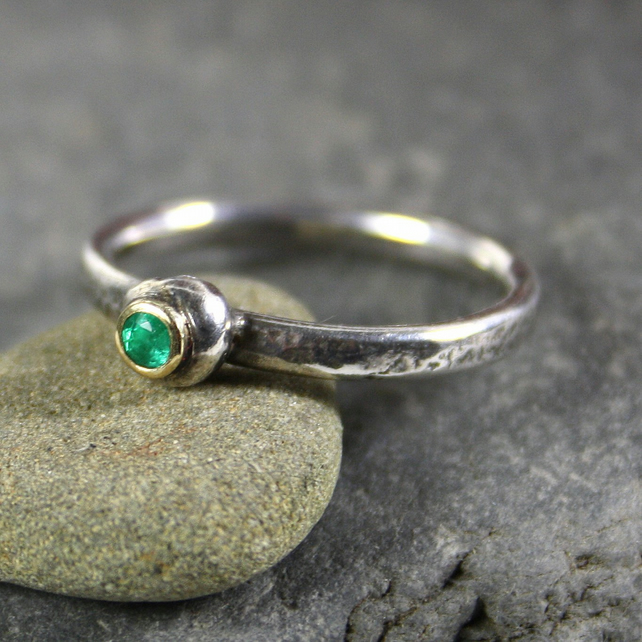 Emerald ring silver and 18ct gold Pebble ring