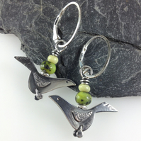 Silver birds earrings with chrysoprase and jade.