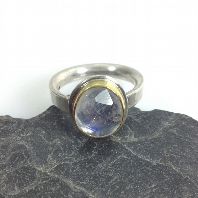 Silver 18ct gold and blue moonstone ring