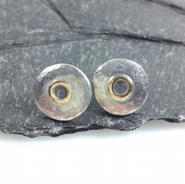 Silver and 18ct gold stud earrings , circular studs