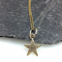 gold star pendant and chain 9ct gold necklace