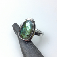 Freeform sterling silver labradorite ring size M and a half