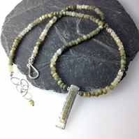 sterling silver 18ct gold and chrysoberyl necklace