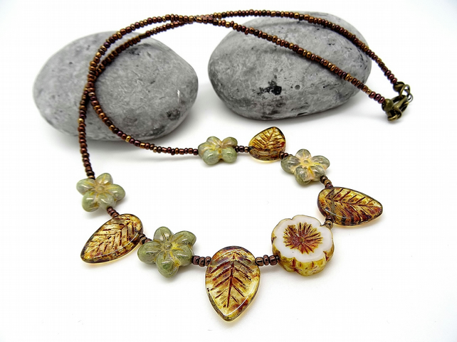 Vintage Style Flower and Leaf Czech Glass Necklace