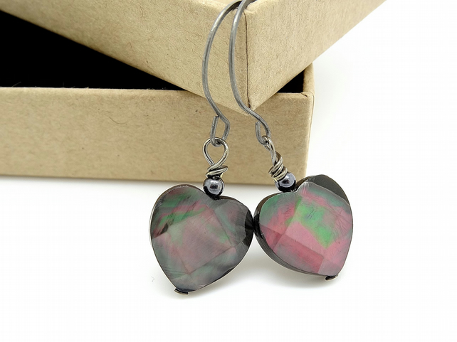 SALE!!! Faceted Black Lip Shell Heart Earrings