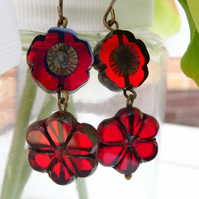 Red Earrings,Floral Earrings, Daisy Earrings,Pansy Earrings, Czech Glass Earring