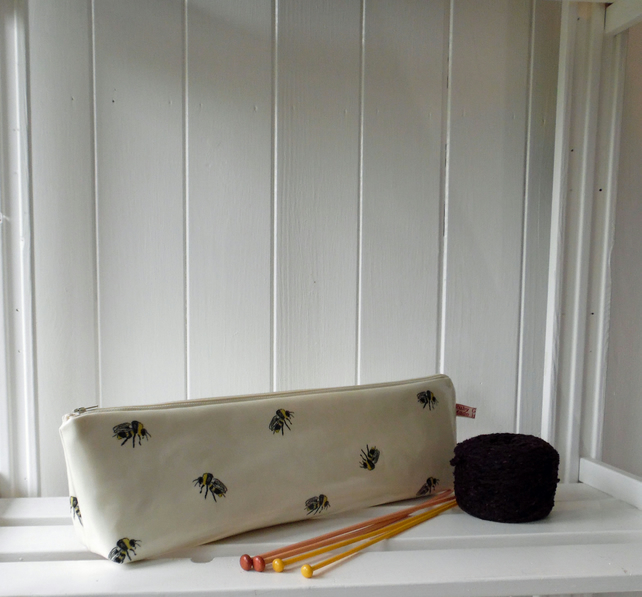 Knitting Needle Pouch Bag Bee Print Oilcloth