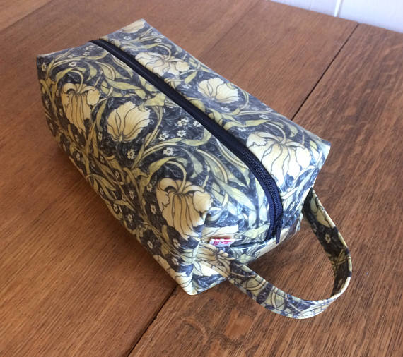 Box Zipped  Pouch Cosmetic Bag