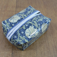 William Morris Pimpernel (blue) Print Oilcloth Facial Wipe Pack Cover