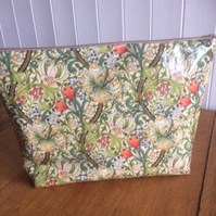 William Morris Golden Lily Oilcloth Ex-Large Toiletry Bag Project Bag