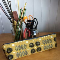 Knitting Needle Zipped Pouch Welsh Blanket Print Mustard