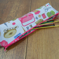 Knitting Needle Zipped Pouch Vintage Sewing Print