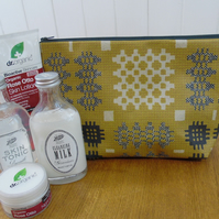 Welsh Blanket Print Mustard Toiletry Cosmetic Bag Oilcloth Water Resistant