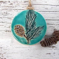 Winter foliage decoration, glazed ceramic