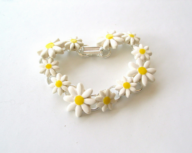 Daisy chain bracelet, ceramic daisies, silver plated