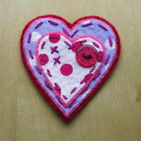 kisses heart brooch