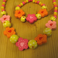 sweet girl's necklace & bracelet set - hearts and flowers