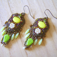 'Lime flower' – Bead embroidered earrings