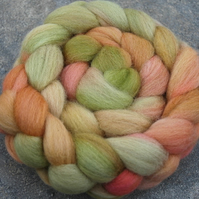 """Late Pickings"" MHE Falkland Spinning Fibre 110g"