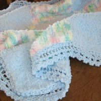 Gorgeous snuggly baby blanket!