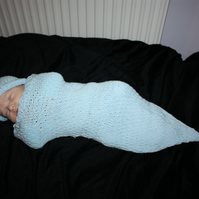 Beautiful Blue Sweet Pea Baby Snuggle Pod!