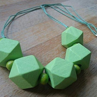 Chunky green wooden geometric necklace