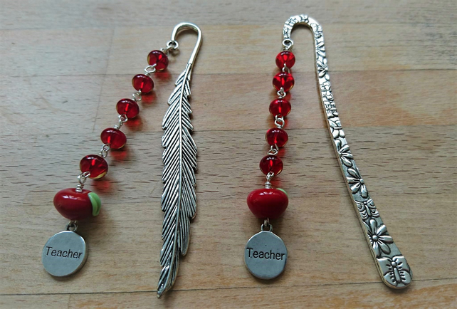 Teacher gift bookmark, apple for teacher bookmark