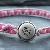 Pink leather bracelet with glass beads and Swarovski pearls