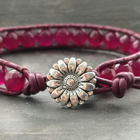 Purple plum agate and leather bead bracelet with flower button bracelet