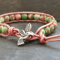 Pink and green rainbow jasper and leather bracelet with hummingbird button