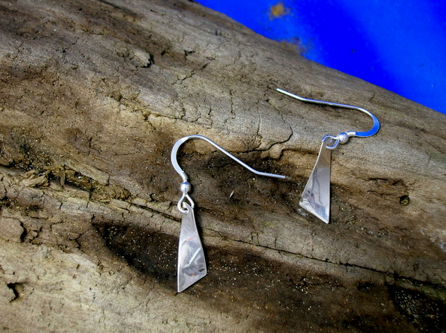 DE 29 Small Twist Earrings - Free UK postage