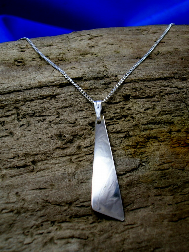 P 16 Sterling Silver Twist Pendant - Free UK postage