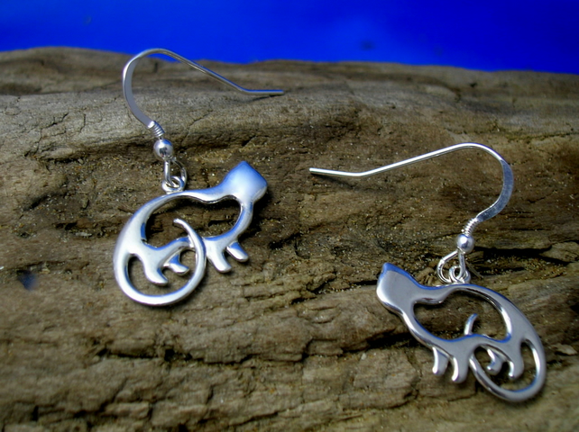 DE 25 Handmade Silver Celtic Cat Earrings - Free UK postage