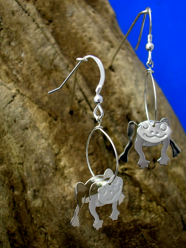 Sterling Silver 3D Frog Earrings - Free UK postage