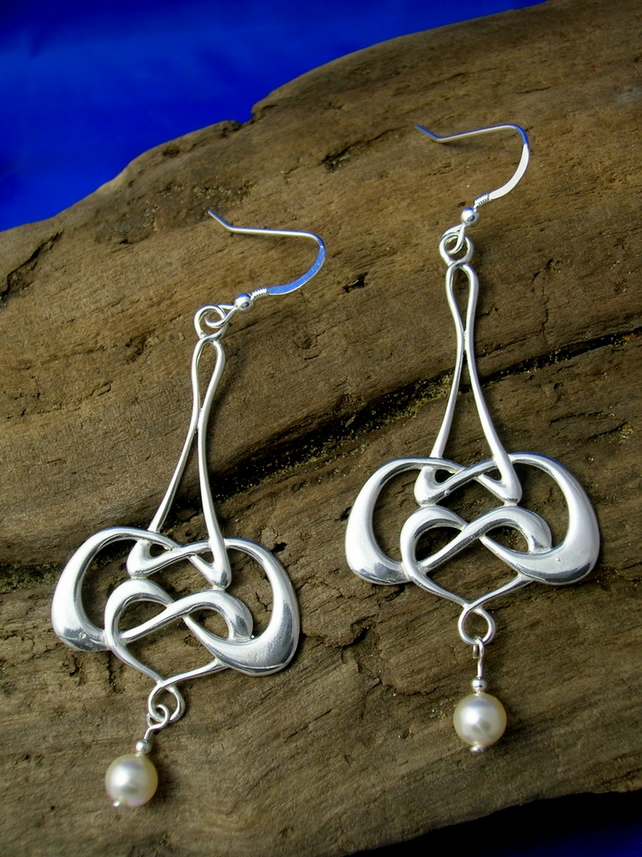 DE1 Art Nouveau - Celtic Earrings with Swarovski Pearl - Free UK postage