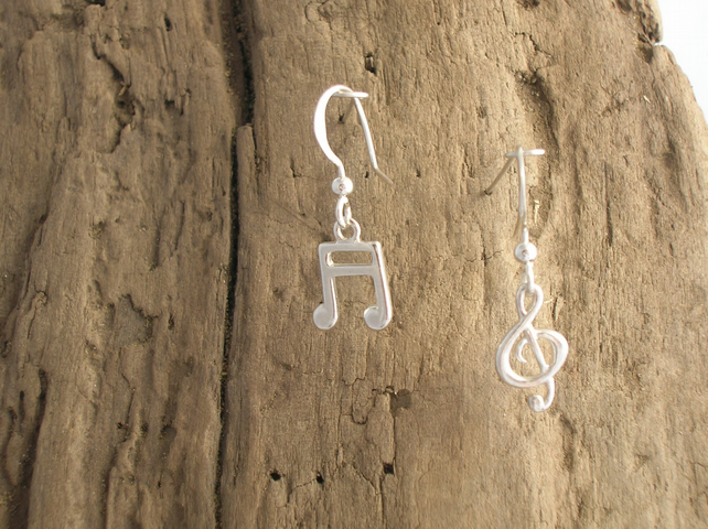 Treble Clef and Semiquaver Earrings - Free UK postage