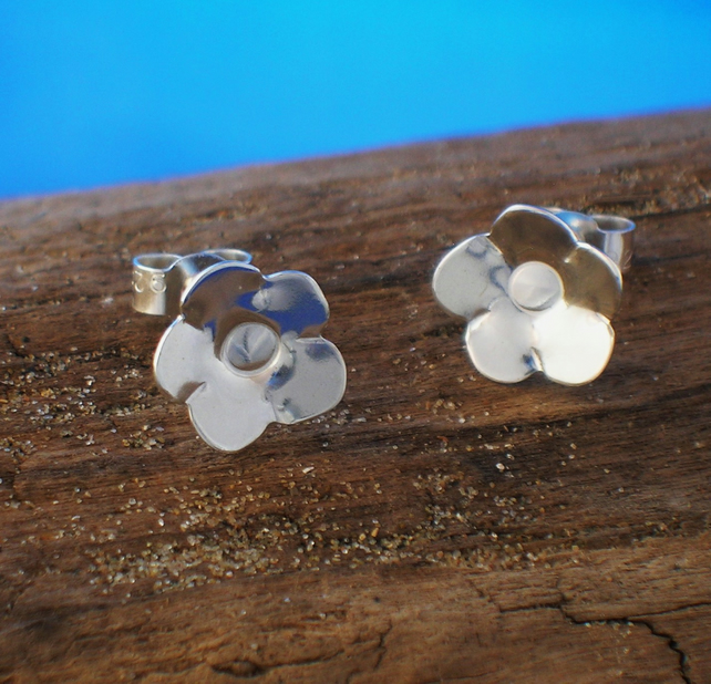 Silver Flower Studs - Free UK postage
