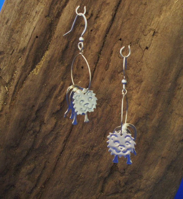Sterling silver 3D Lion earrings - Free UK postage