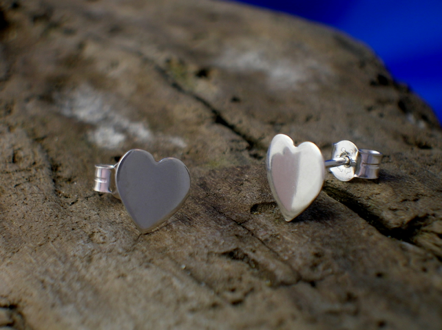 Silver Heart Studs - Free UK postage