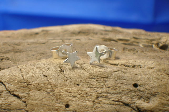 Silver Small Star Studs - Free UK postage