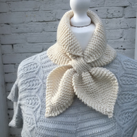 1940s Hand Knitted Scarf