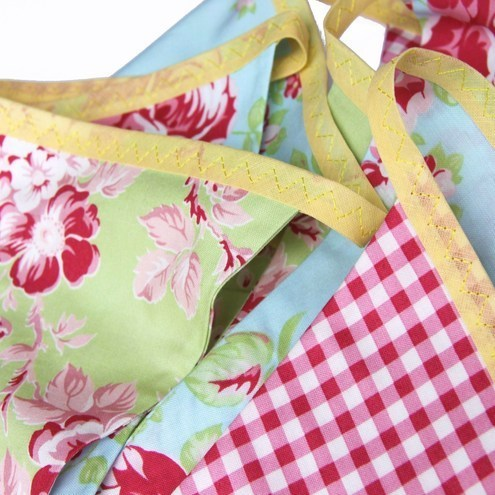 Bunting  - Cotton bunting 'Red and Green Summer Rose'
