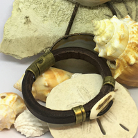 Hand Made Ladies Leather and Antler Bracelet
