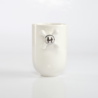 "Porcelain Coffee Mug with Faucet Handle Decorated with ""H"" and Real Platinum"