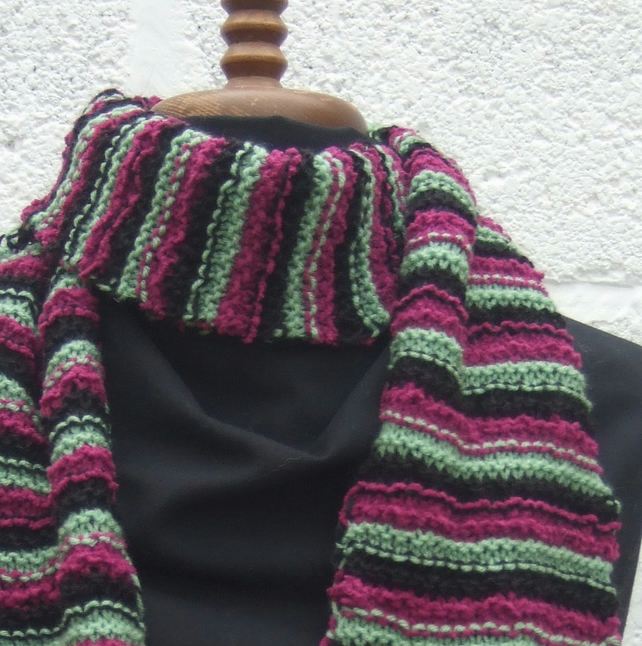 Stripy Scarf, Free UK P&P