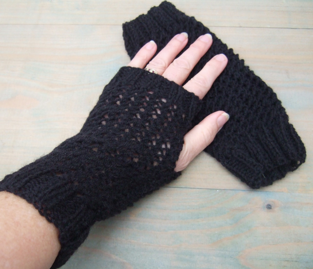 Black Wristwarmers