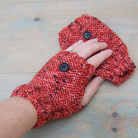 Fingerless Gloves in Russet