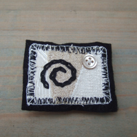 Textile Brooch - Cream and Black