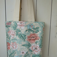 Tote Bag in Floral Fabric, Shopping Bag, Craft Bag