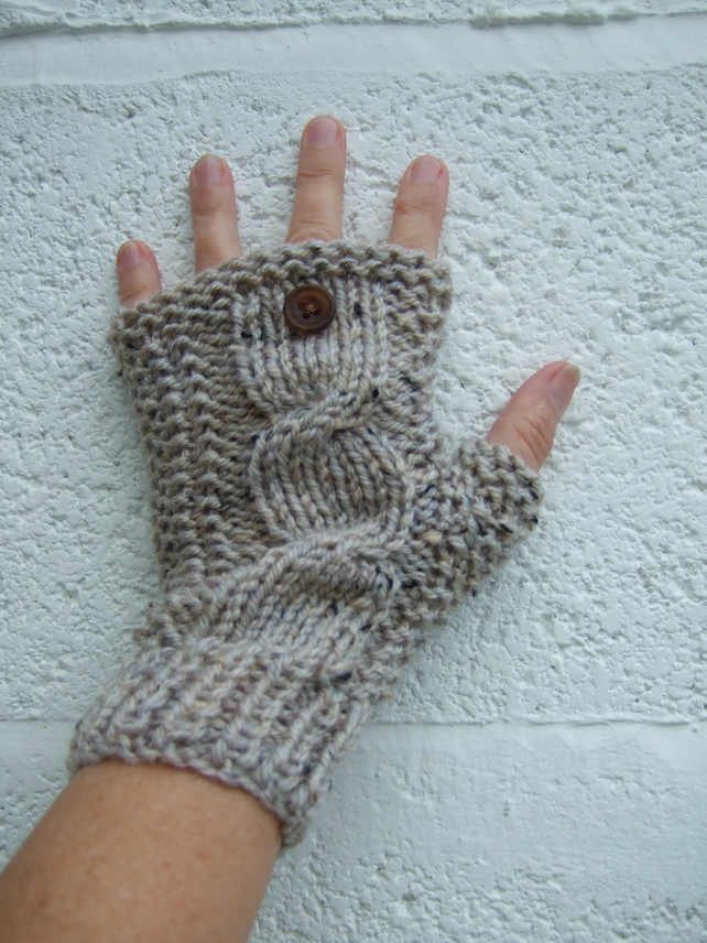 Oatmeal Aran Wristwarmers, Women's Gloves